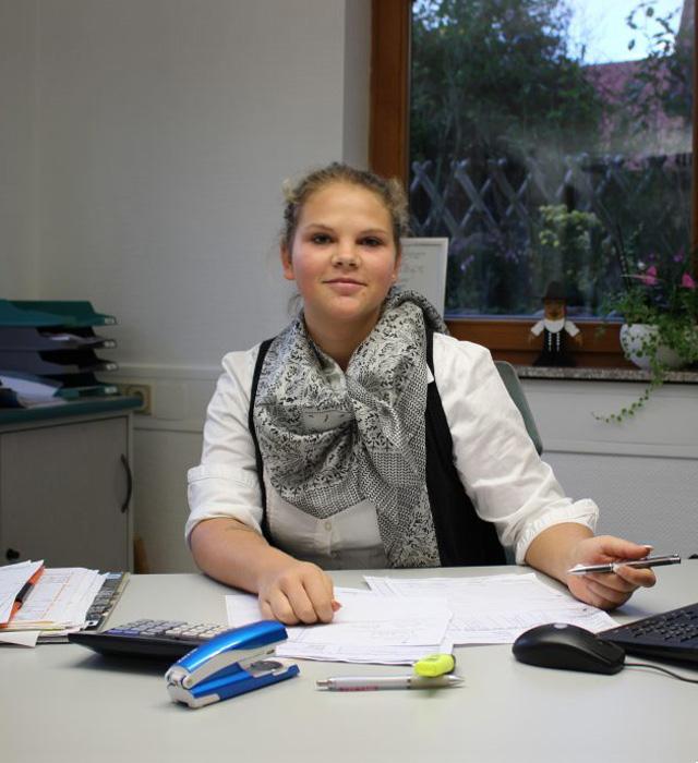 Anja Straub