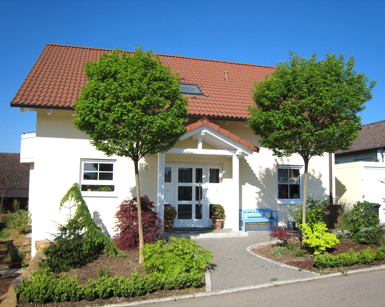 Vordach Satteldach 9 - Holzbau Straub