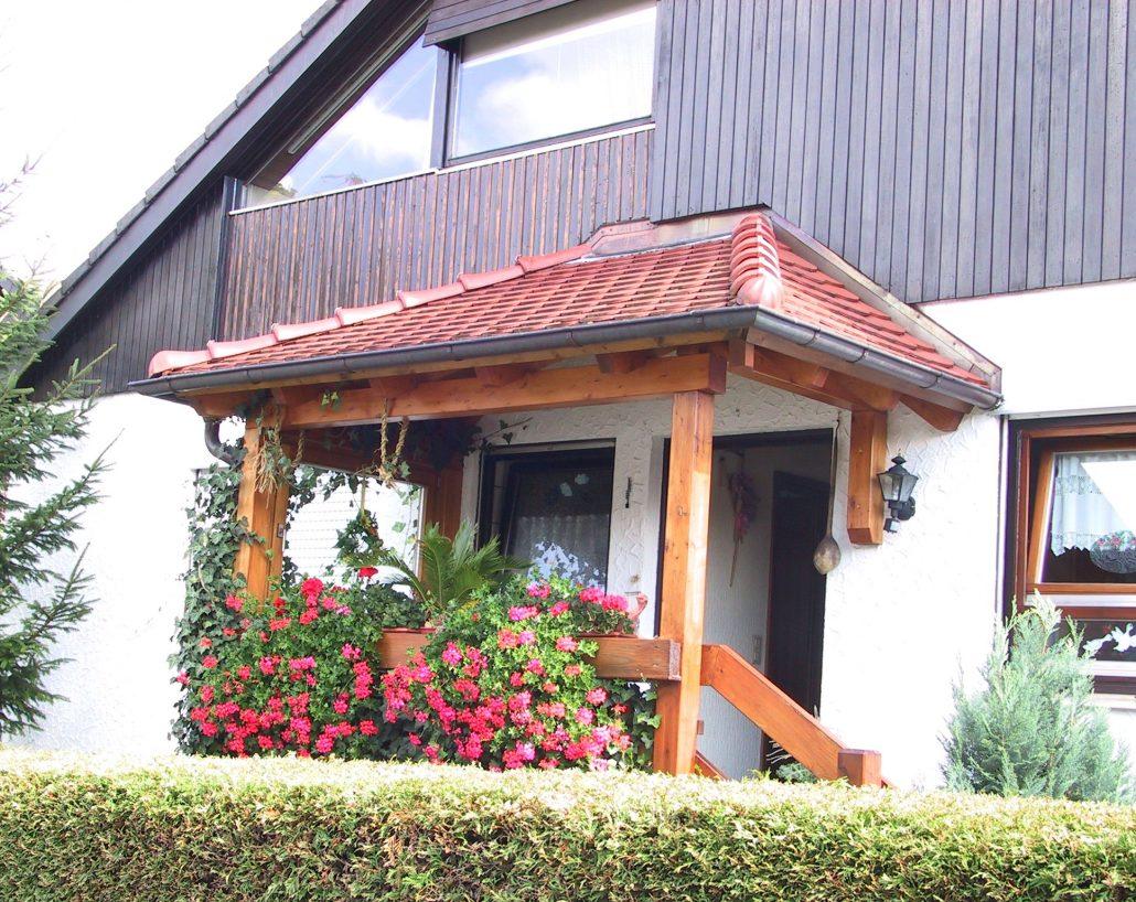 Vordach - Holzbau Straub